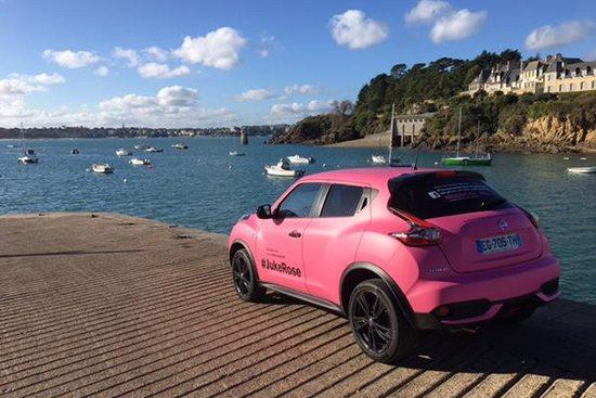 Nissan Juke Rose à la mer